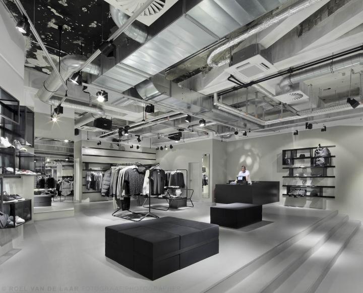 Adidas-pop-up-store-by-Alu-Benelux-Dusseldorf-01