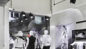 Adidas-pop-up-store-by-Alu-Benelux-Dusseldorf-08