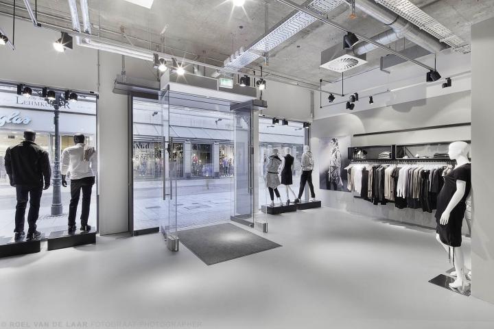 Adidas-pop-up-store-by-Alu-Benelux-Dusseldorf-18