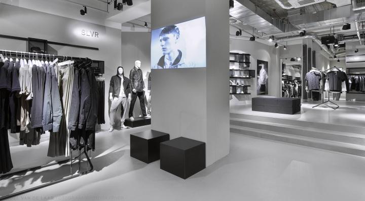 Adidas-pop-up-store-by-Alu-Benelux-Dusseldorf