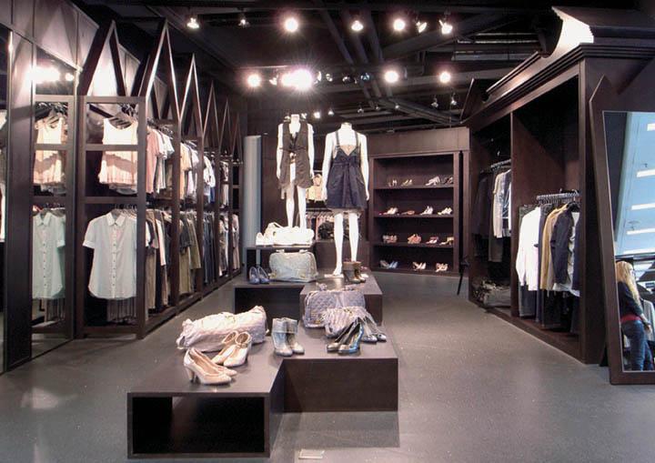 Big-Wardrobe-2-store-Design-Systems-Hong-Kong