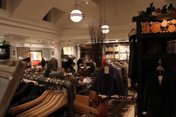 Club-Monaco-Mens-Shop-Toronto-14