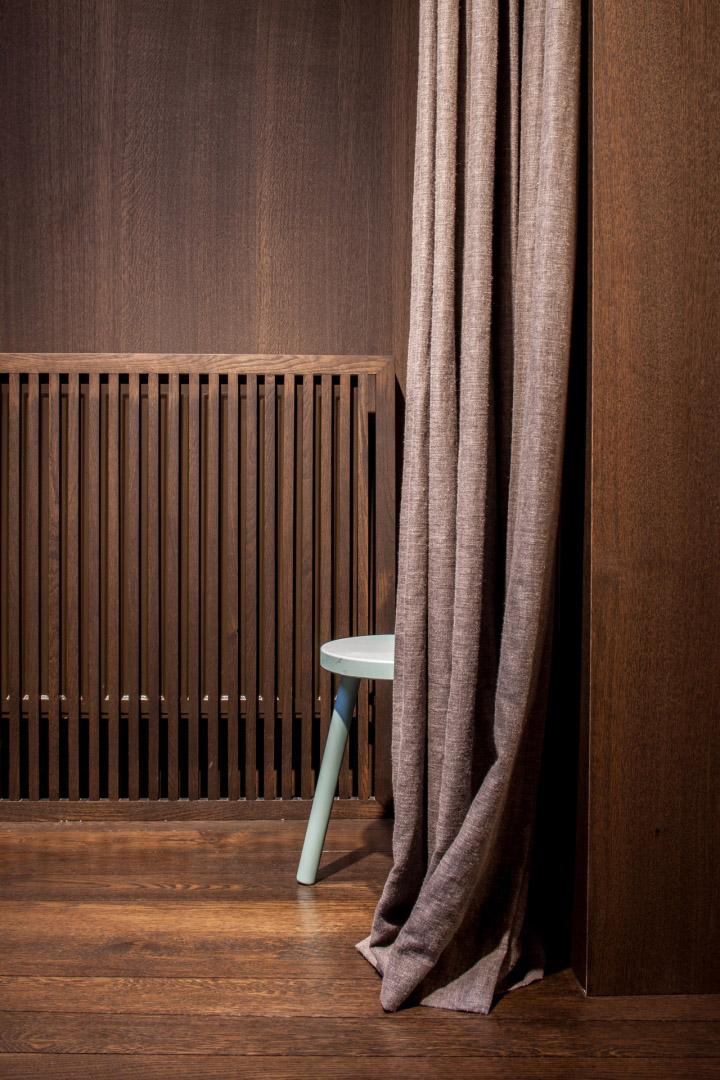Garde-robe-Nationale-boutique-by-Dieter-Vander-Velpen-Antwerp-14