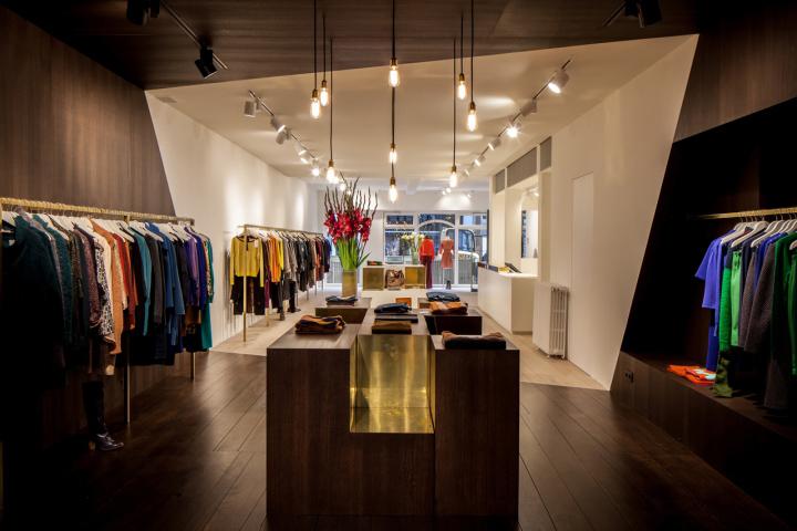 Garde-robe-Nationale-boutique-by-Dieter-Vander-Velpen-Antwerp