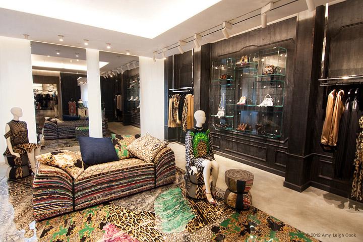JUST-CAVALLI-flagship-store-Milan-05
