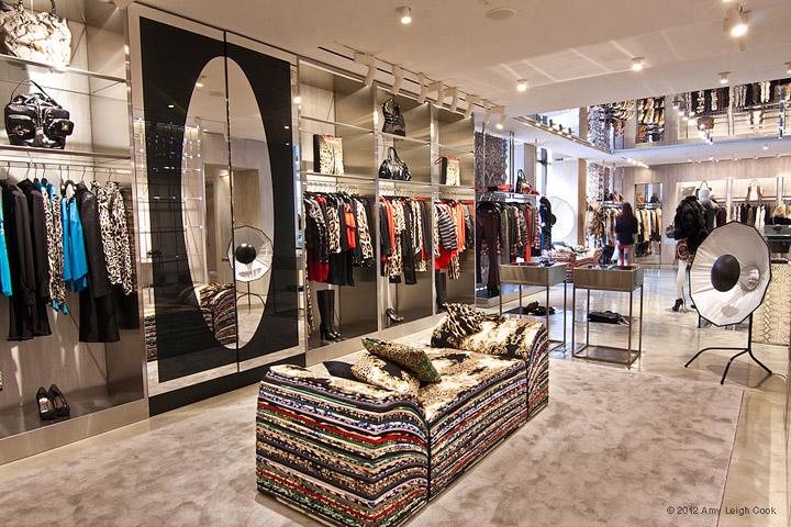 JUST-CAVALLI-flagship-store-Milan-07