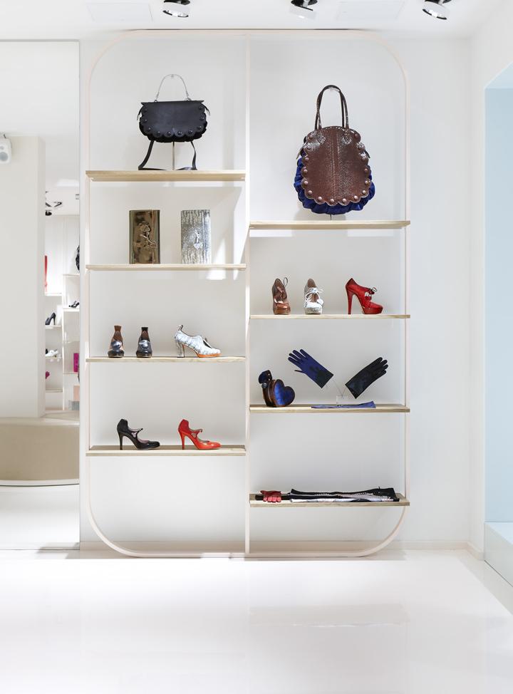 Minna-Parikka-flagship-store-Joanna-Laajisto-Creative-Studio-Helsinki-03