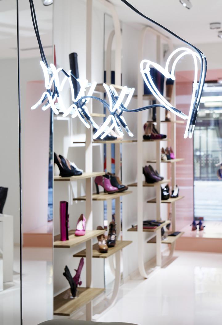 Minna-Parikka-flagship-store-Joanna-Laajisto-Creative-Studio-Helsinki-10