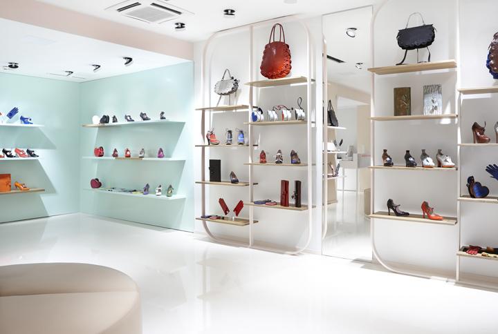 Minna-Parikka-flagship-store-Joanna-Laajisto-Creative-Studio-Helsinki