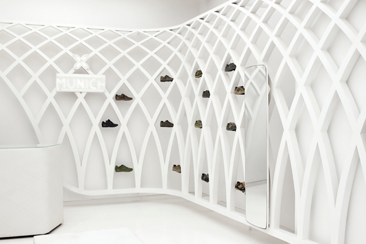 Munich-flagship-store-by-DearDesign-Santiago-04