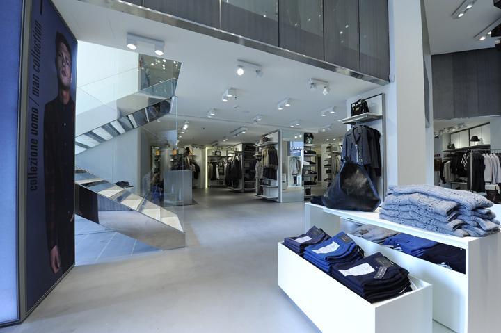 Sisley-store-by-Arcabi-Associates-Milan-05