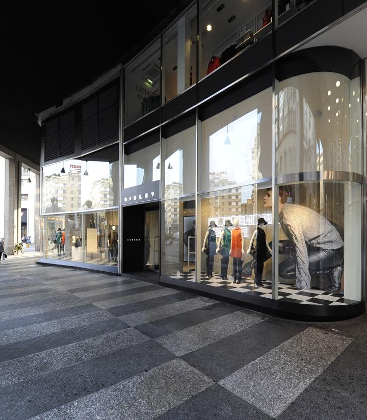 Sisley-store-by-Arcabi-Associates-Milan-09