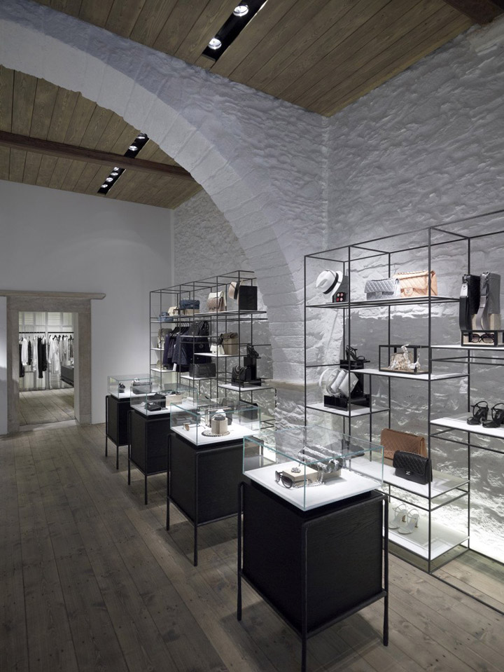 Linea-Piu-boutique-Kois-Associated-Architects-Mykonos-02