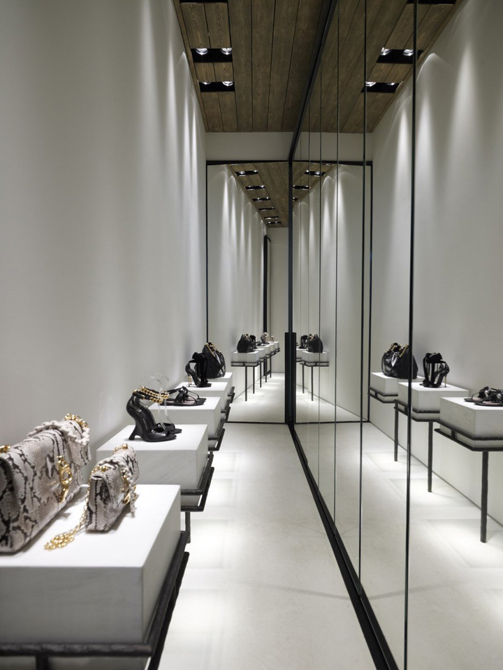 Linea-Piu-boutique-Kois-Associated-Architects-Mykonos-14
