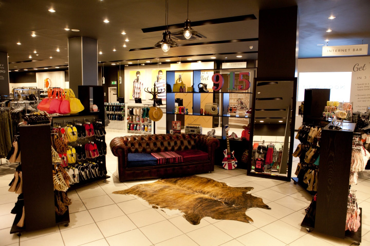 New-Look-store-Checkland-Kindleysides-Nottingham-02