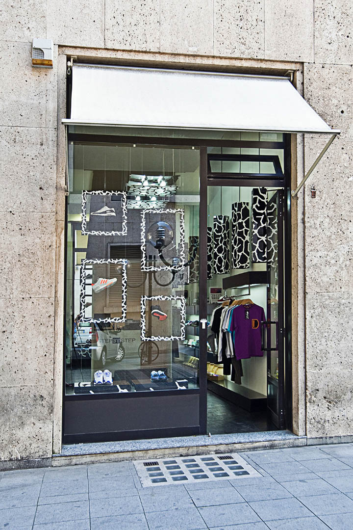 Step-by-Step-sneakers-boutique-yet-matilde-Turin-04