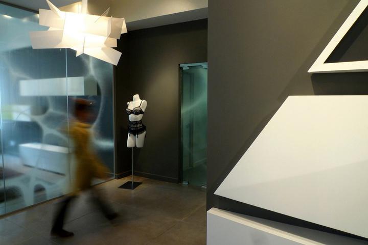 Van-de-Velde-Showroom-LABscape-Architecture-New-York-13