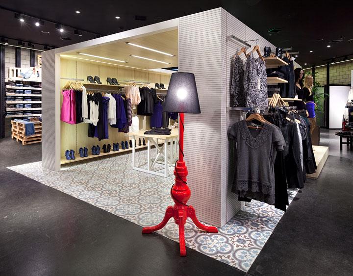 Renuar-fashion-store-Bilgoray-Pozner-Herzelia-02