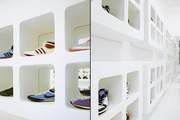Waffles-shoe-store-by-Beaverhausen-Brussels-04